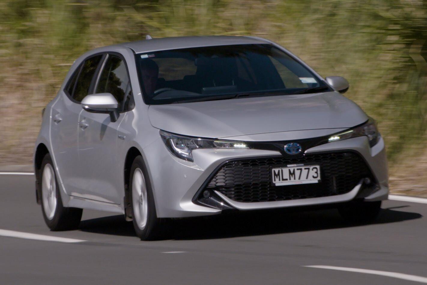2020 Toyota Corolla SX Hybrid review