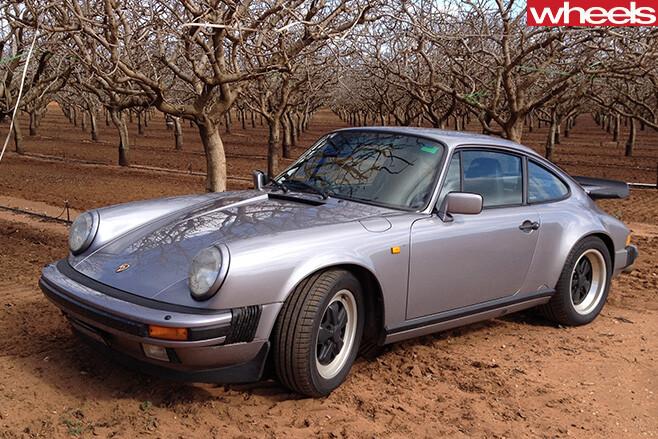 1989-Porsche -911-Carerra -parked -on -dirt