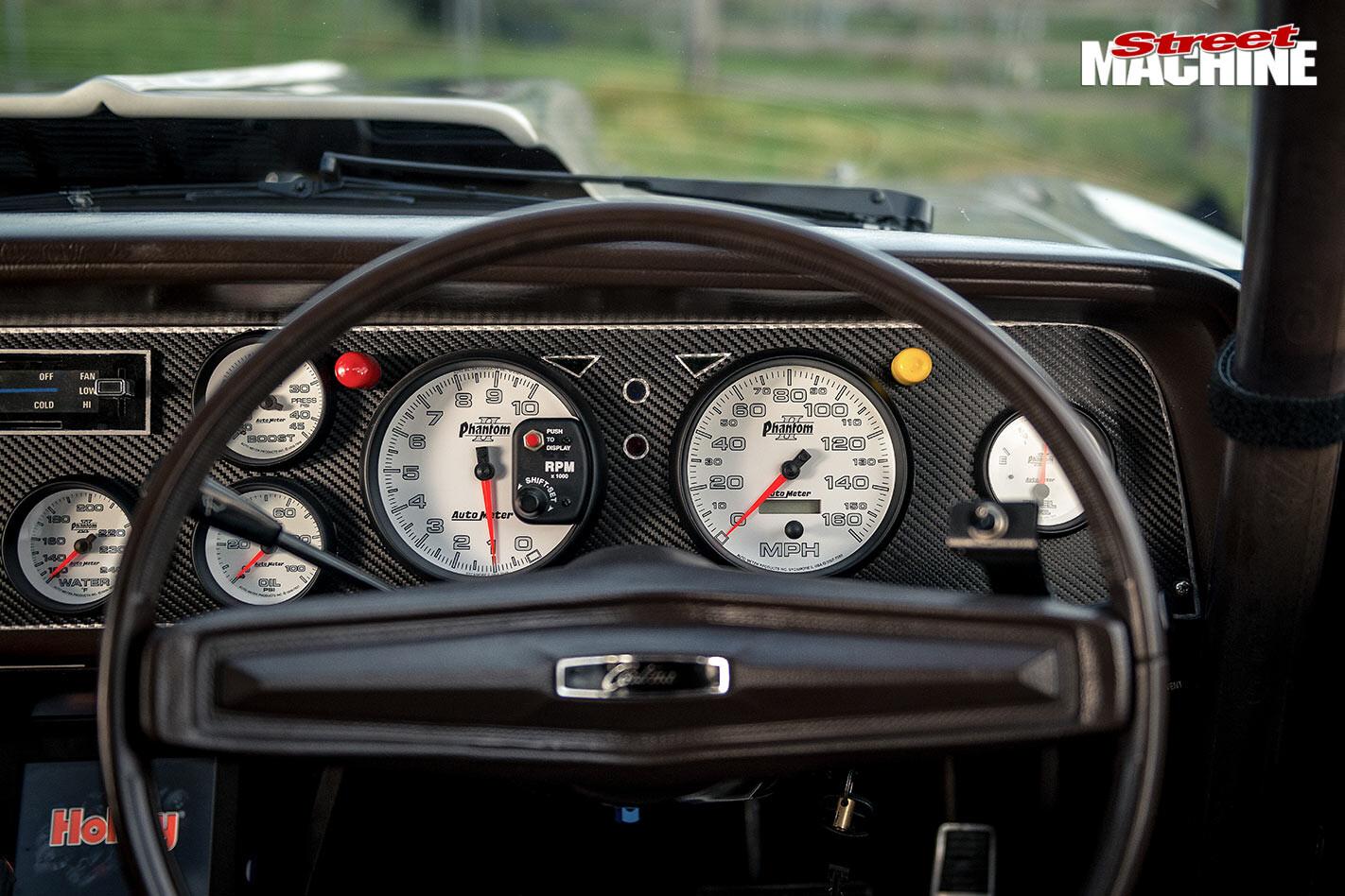 Ford TD Cortina dash
