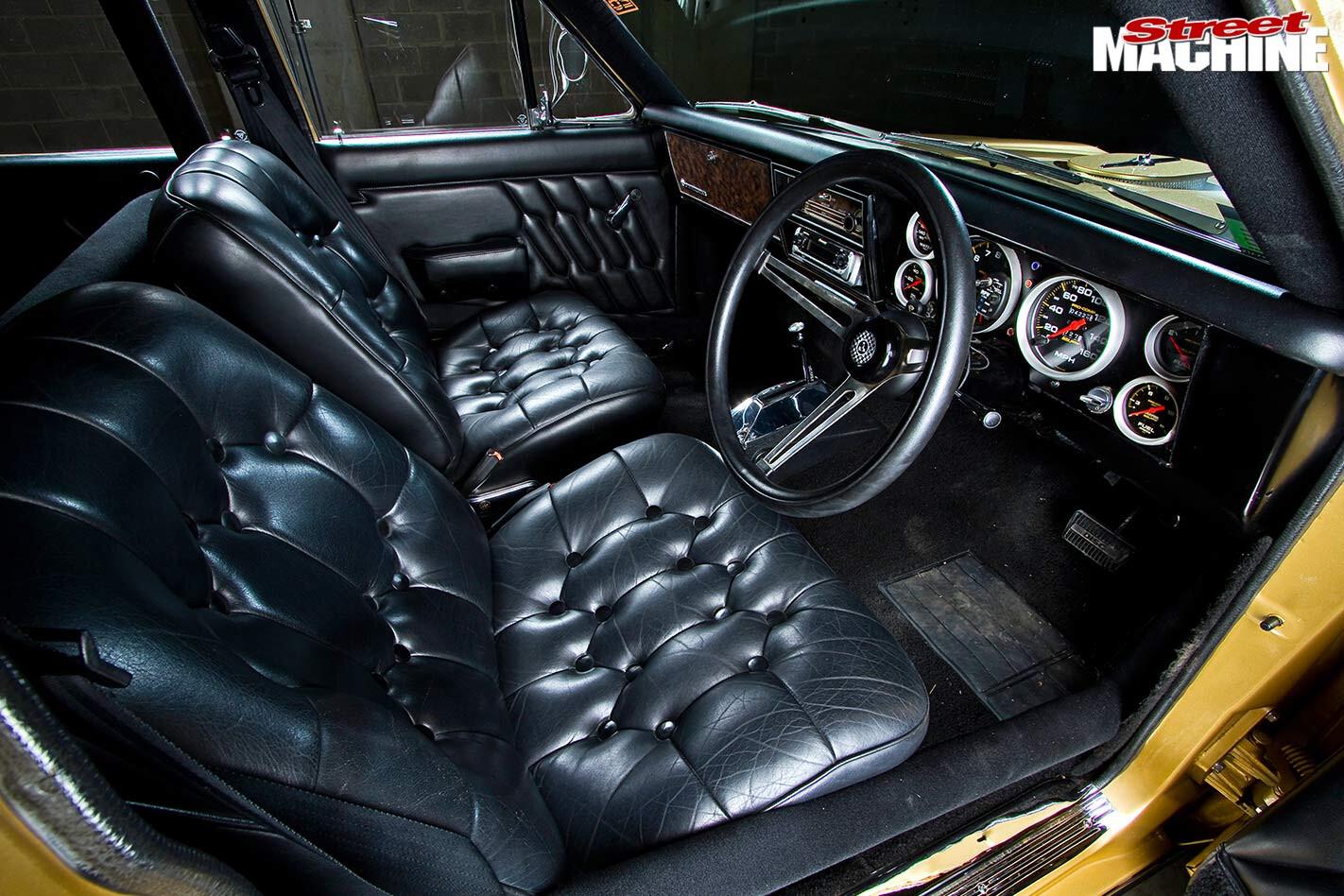 Holden HG Premier interior
