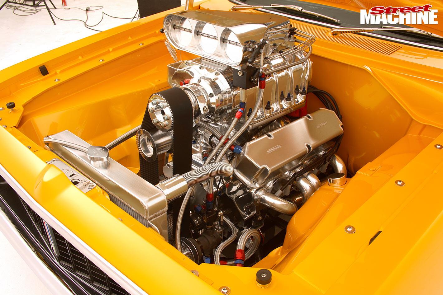 Valiant E55 Charger engine bay
