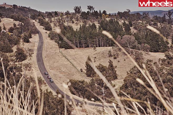 2012-FPV-GT-R-Spec -vs -Chrysler -300-SRT8-vs -HSV-Clubsport -R8-top