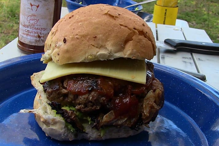 Bush cooking with Roothy: Gourmet burgers