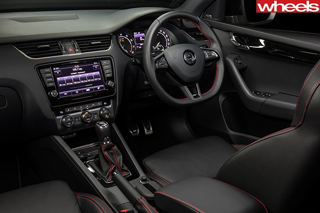 Skoda -Octavia -RS230-steering -wheel