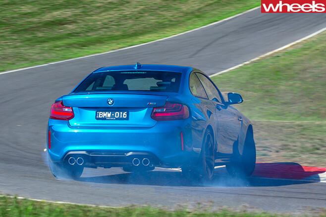 M 2-race -tassie -rear
