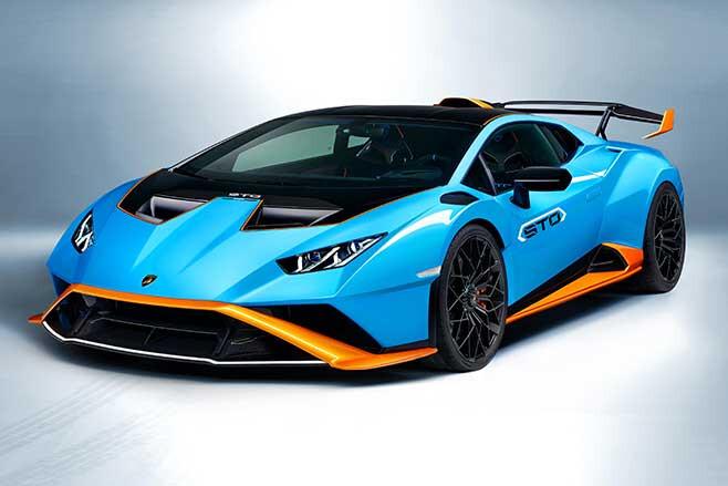 Lamborghini Huracan STO is a rear-drive road racer