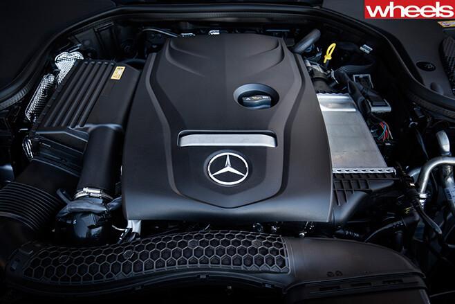 2016 Mercedes-Benz E-Class engine