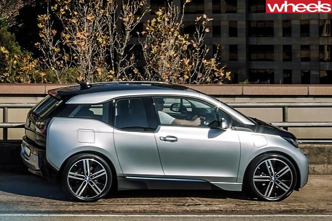 BMW-i 3-side