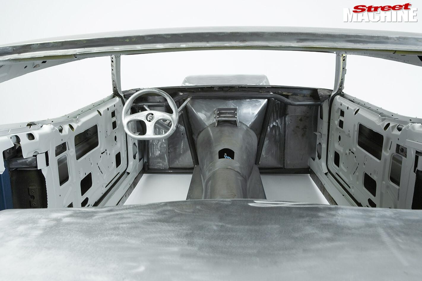 Ford Falcon XC inside