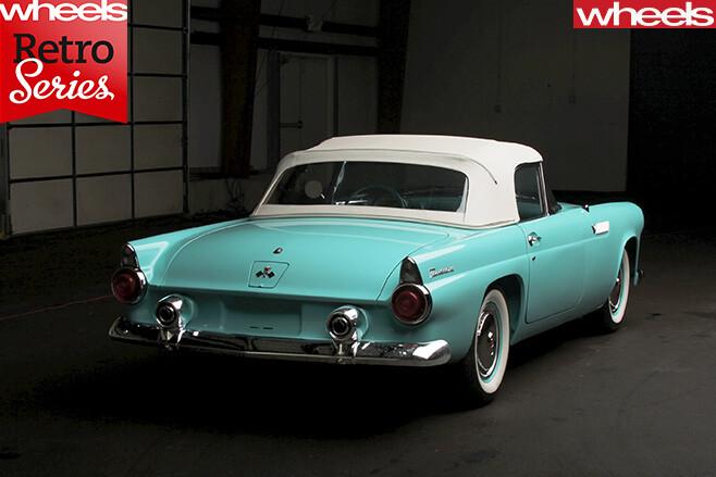 1954-Ford -Thunderbird -rear