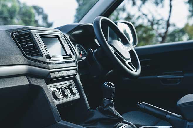 VW Amarok V6 manual interior