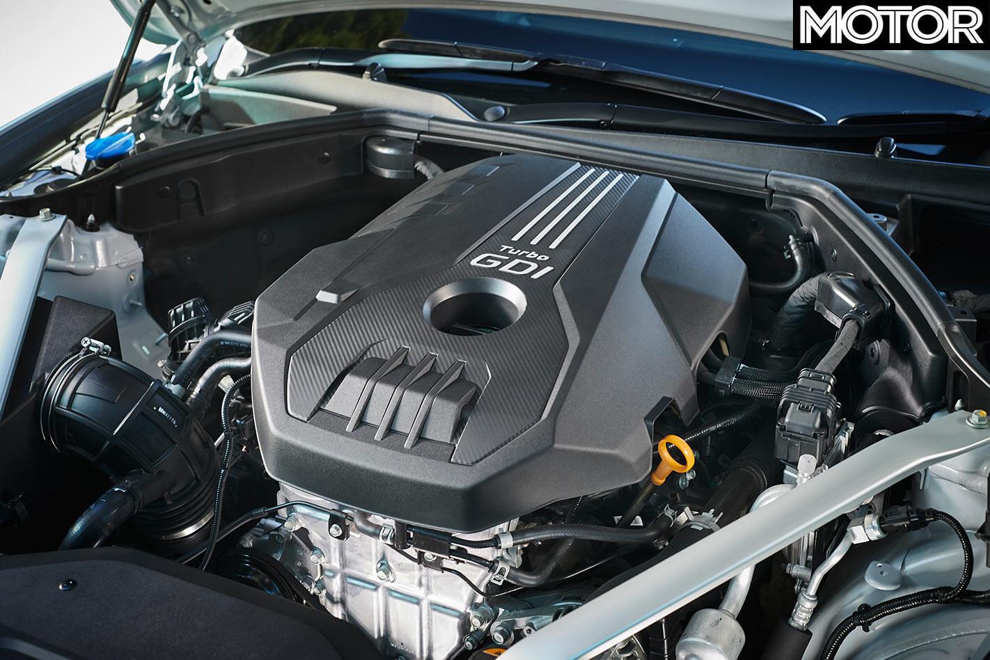Hyundai Genesis G70 engine bay
