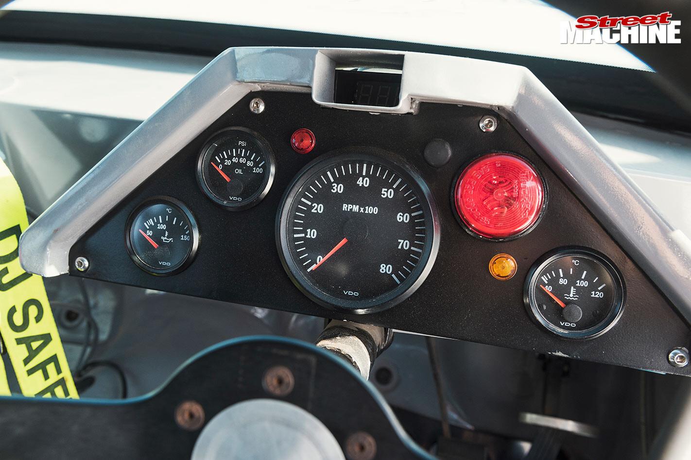 Holden VN Commodore dash