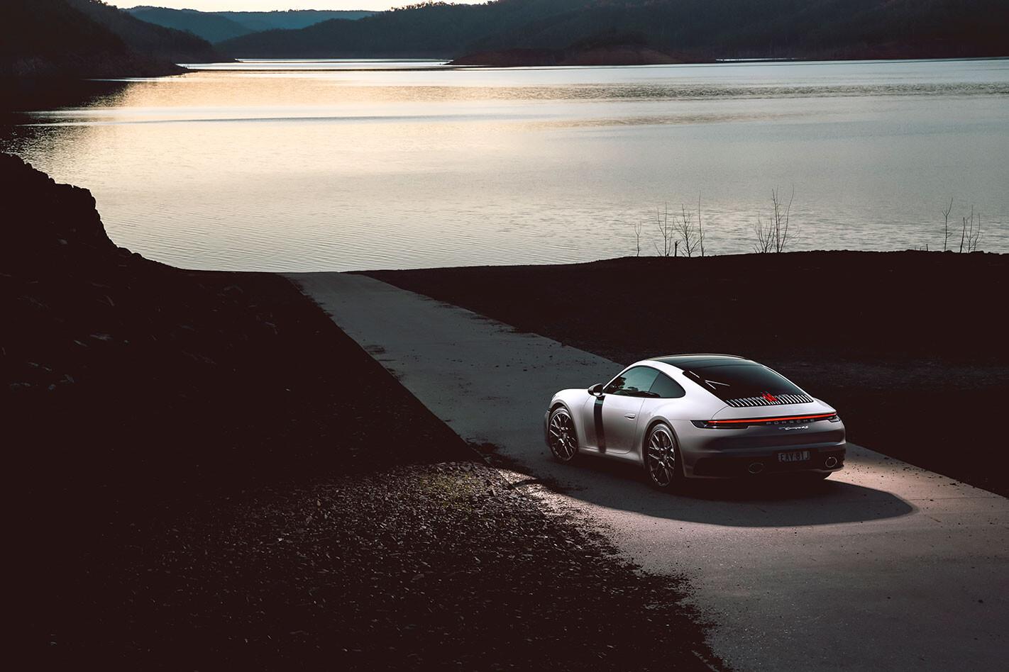 2019 White Porsche 911