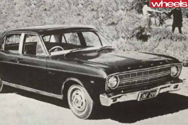 Old -Ford -Falcon
