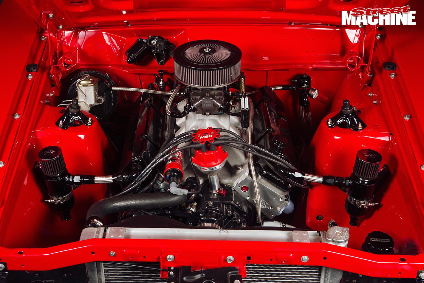 Ford -falcon -xb -gs -engine -bay