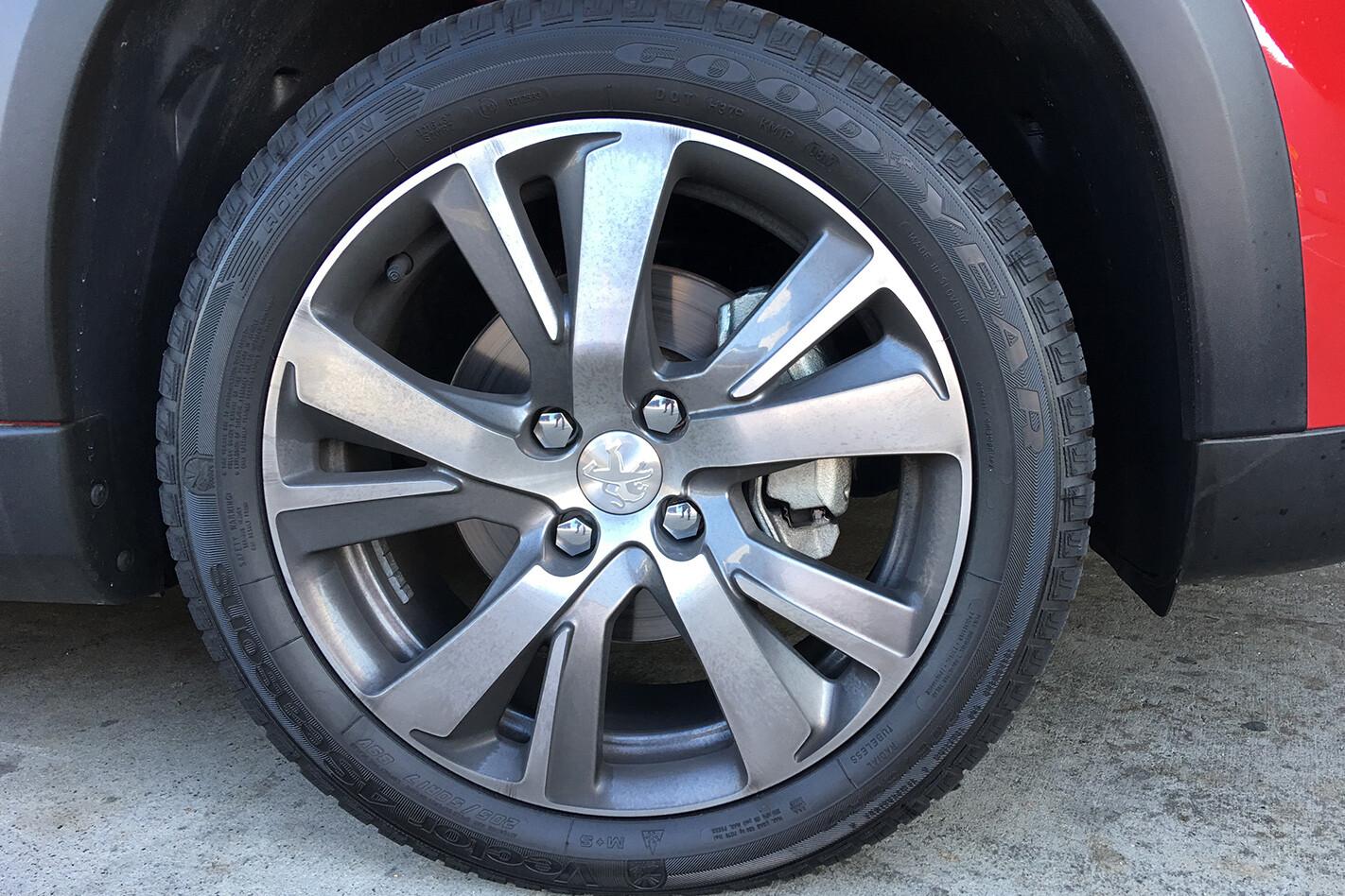 Peugeot 2008 Wheel Jpg