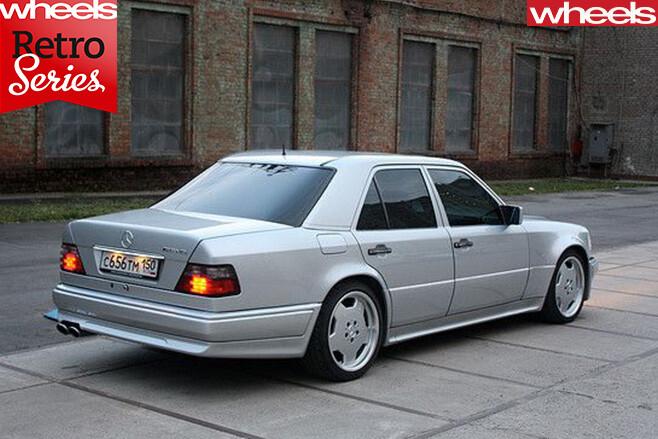Mercedes -Benz -E500-rear -side -top