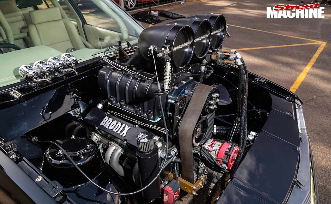 Holden VH Commodore H8LAG engine