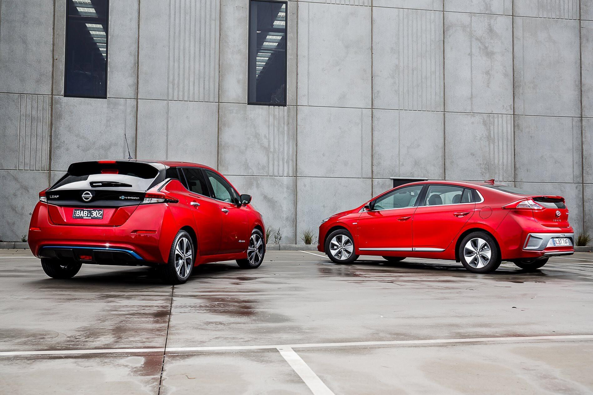 Nissan Leaf Hyundai Ioniq