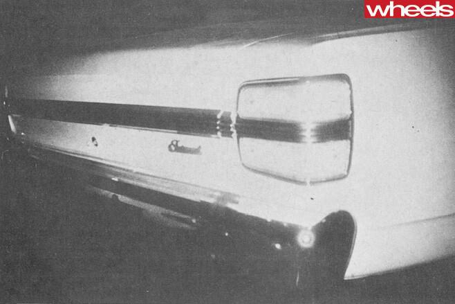 Ford -Falcon -XY-GT-351-rear