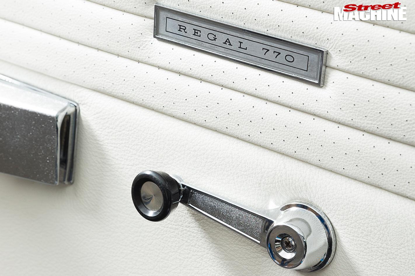 Chrysler Valiant VJ Regal door trim
