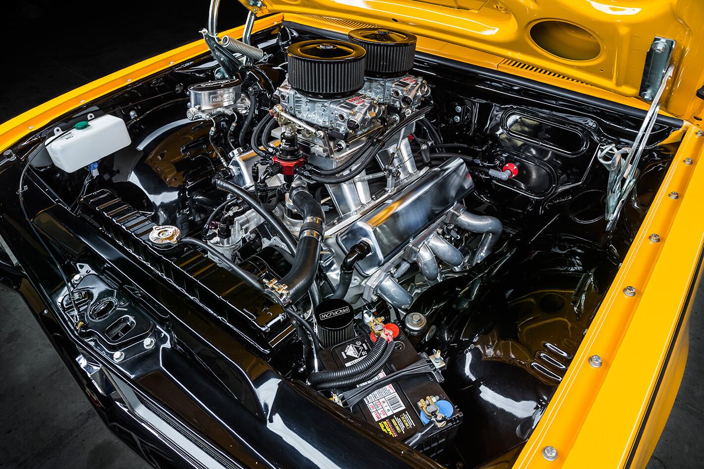 1970-Holden-HG-GTS-Monaro-engine-bay