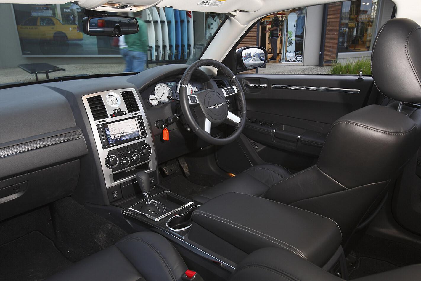 Chrysler 300C wagon interior