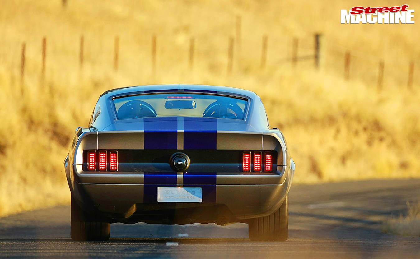 Ford Mustand fastback onroad