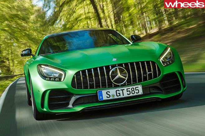 AMG-GT-R-driving -front