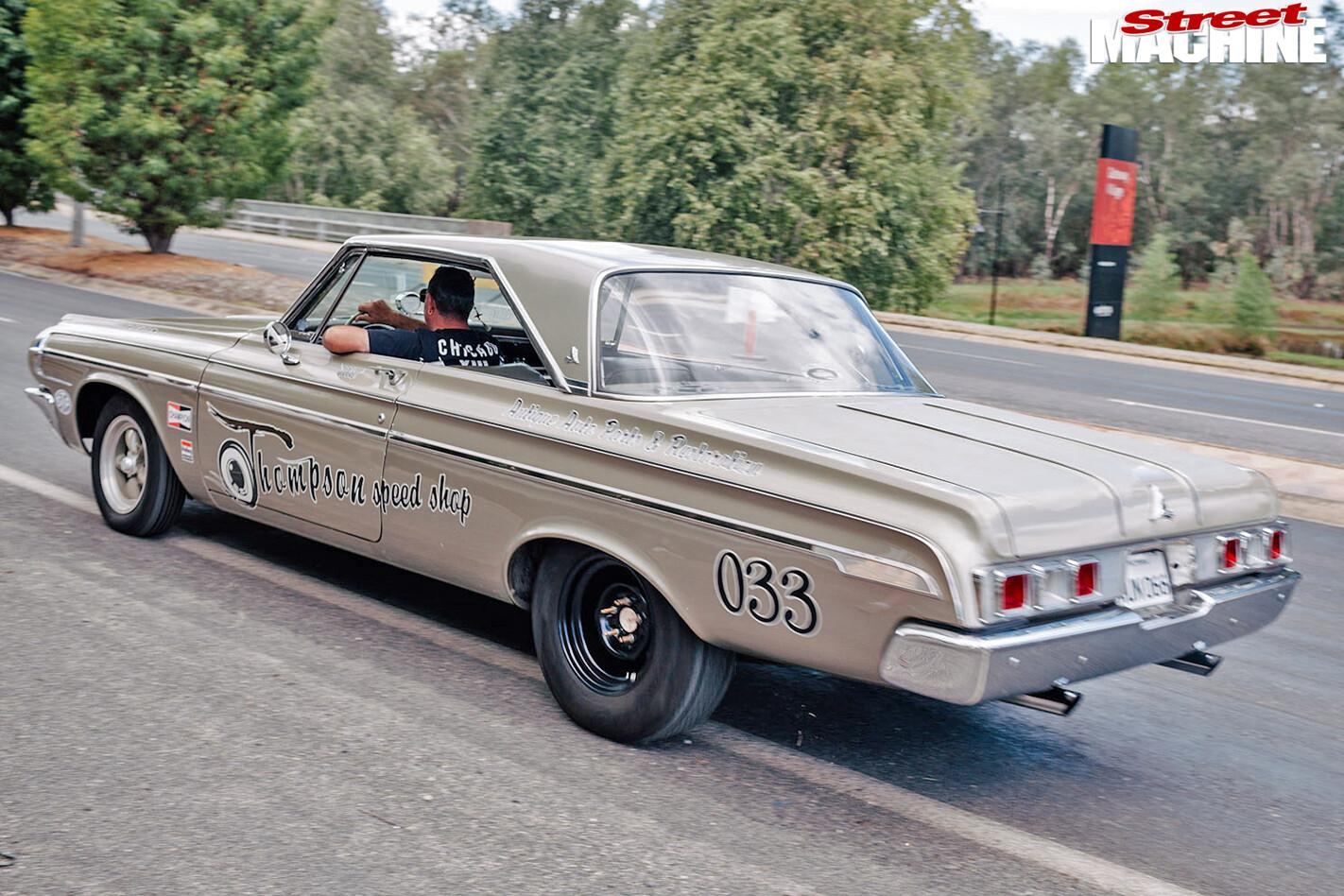 Chryslers -on -the -murray -New -Yorker -sedan