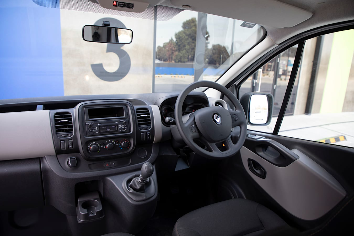 2019 Renault Trafic Traderlife Review Interior Dashboard Jpg