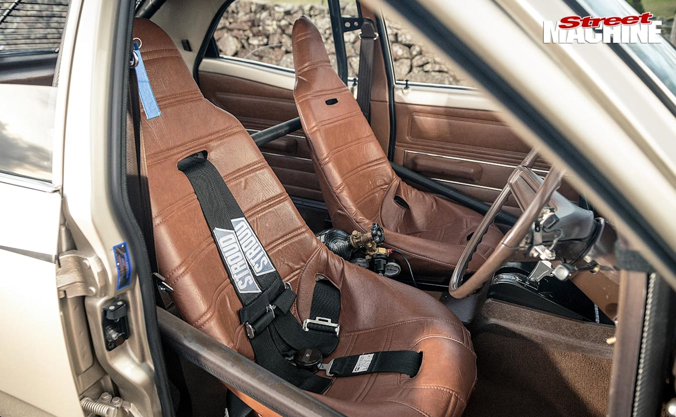 Ford TD Cortina front seats