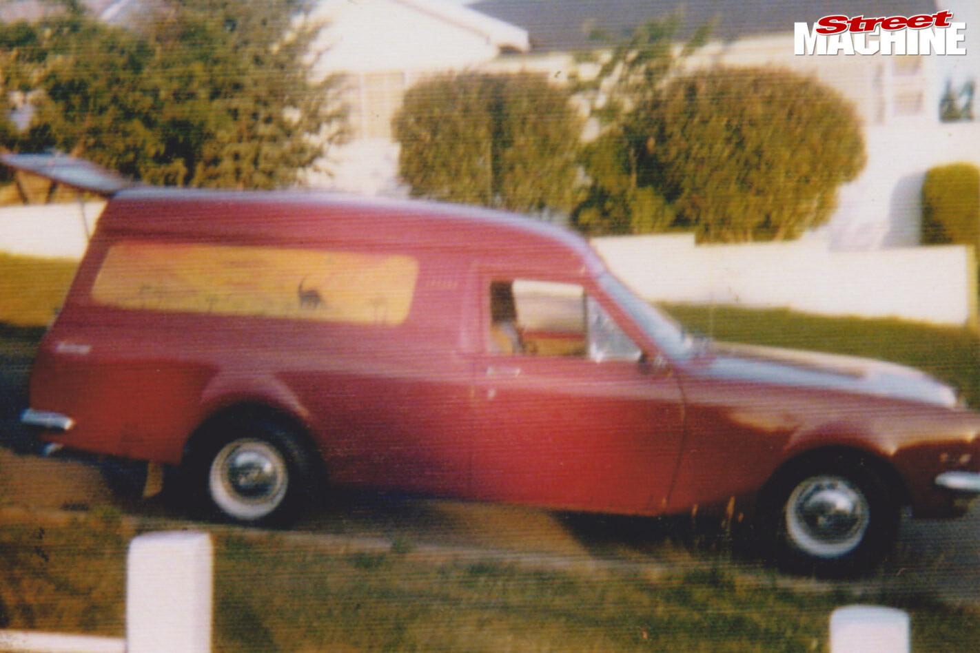 Holden HT panel van