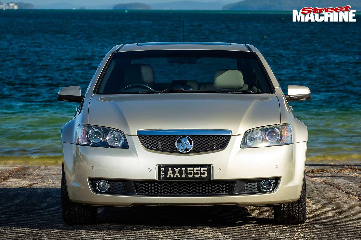 Holden VE Calais front
