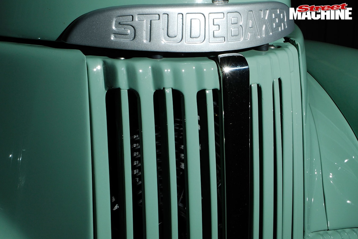 1948 Studebaker M5 pickup grille