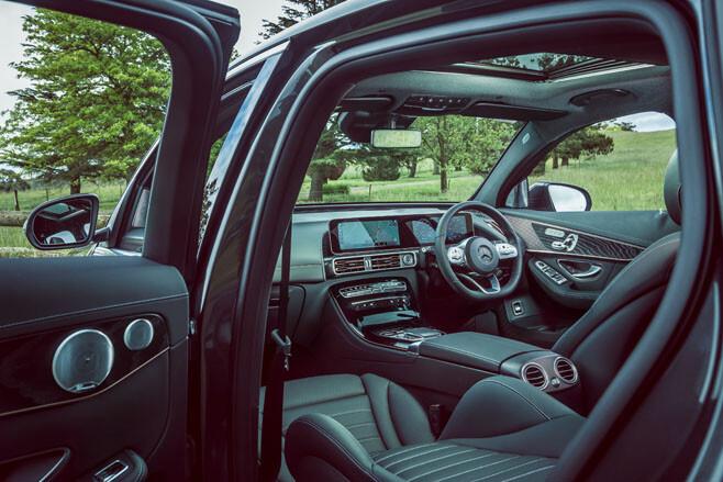Mercedes-Benz EQC 400 interior