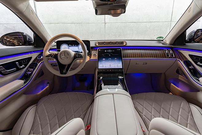 Mercedes-Benz S580e interior