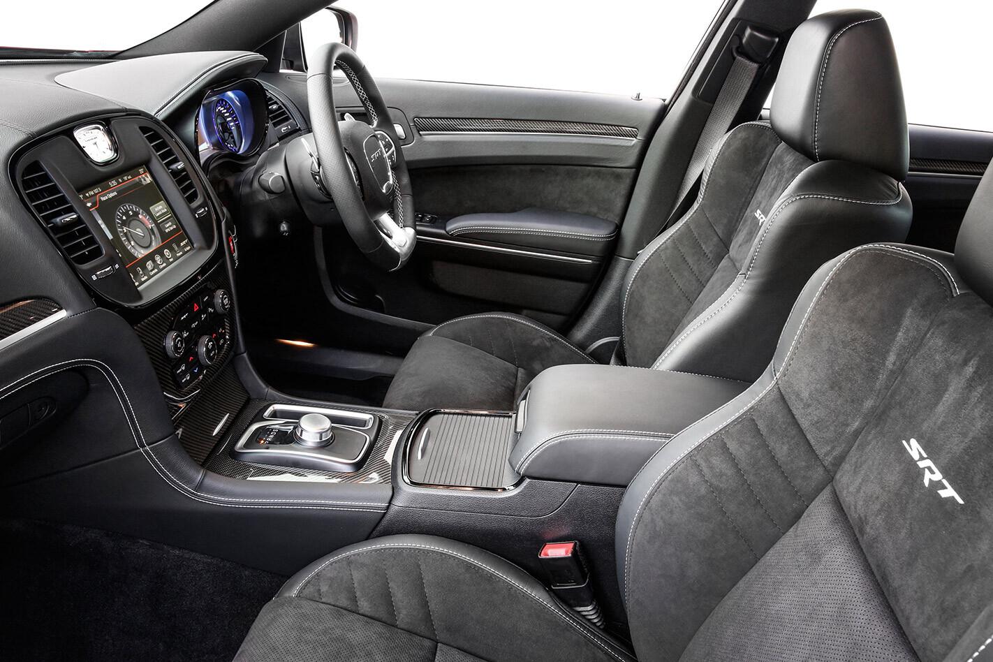 Chysler 300c interior