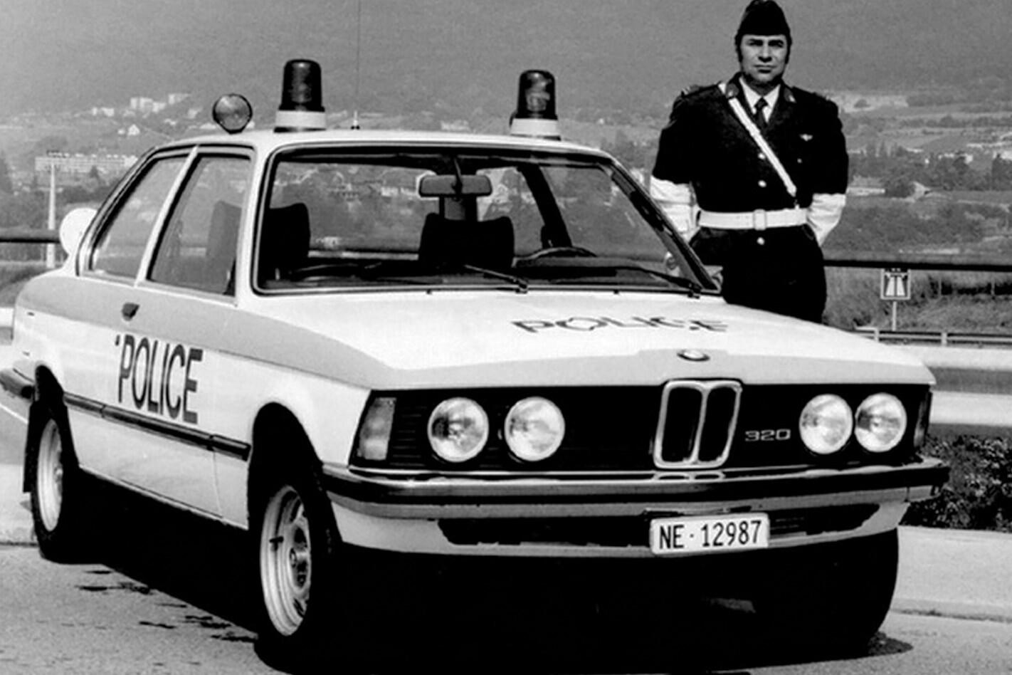 E21 BMW 320 police