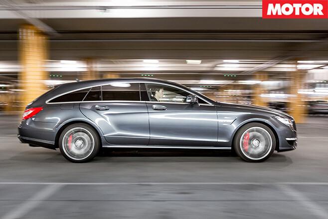 Mercedes-benz cls63 s amg side