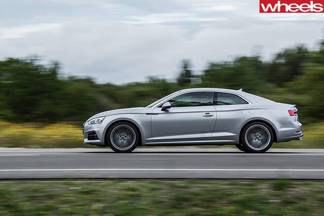 Audi -A5-side