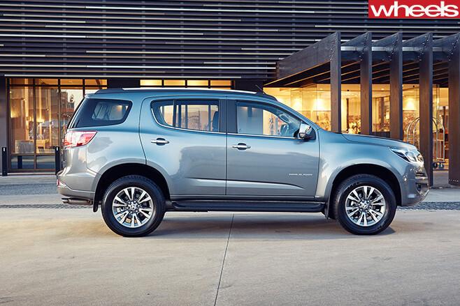 Holden -Trailblazer -SUV-driving -side