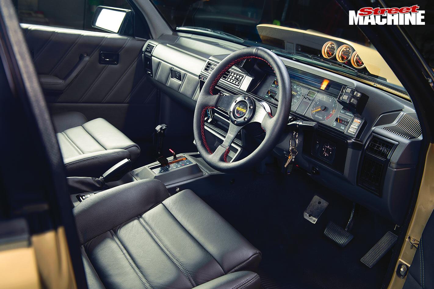 Holden VL Calais turbo interior