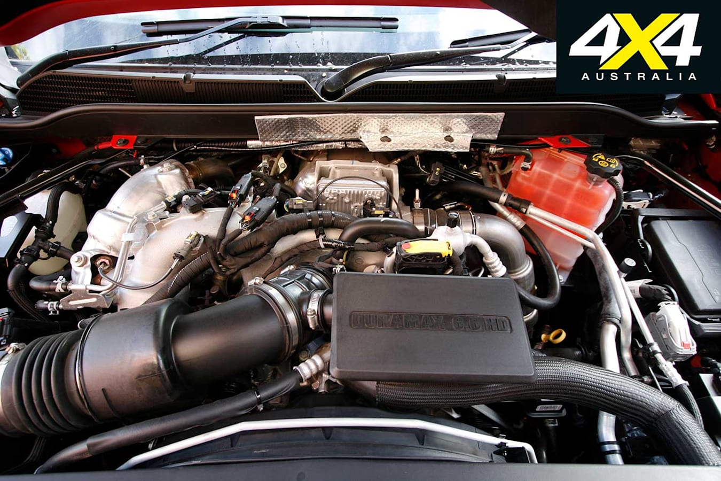 2018 Chevrolet Silverado 2500 HD Engine Jpg