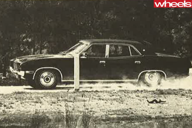 1976-Ford -Falcon -side -driving