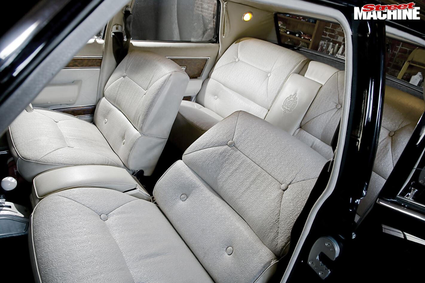 Holden -Brougham -interior -seats