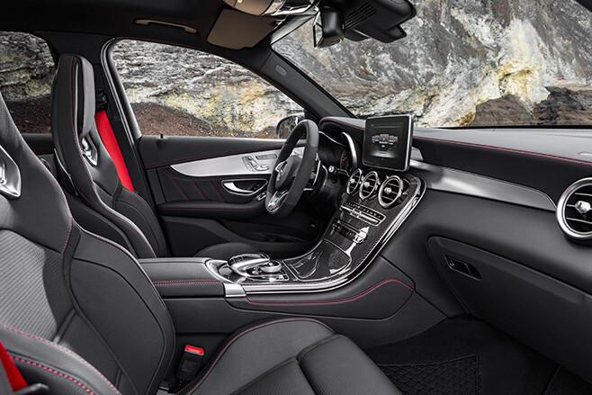 Mercedes-AMG GLC 43 interior