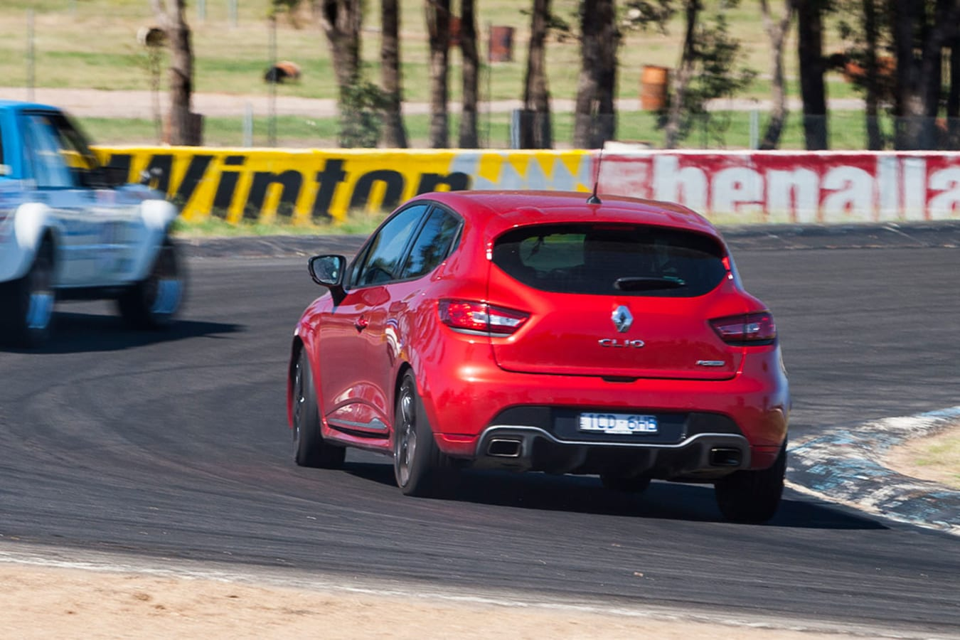 Clio Rs 200 Embed Jpg