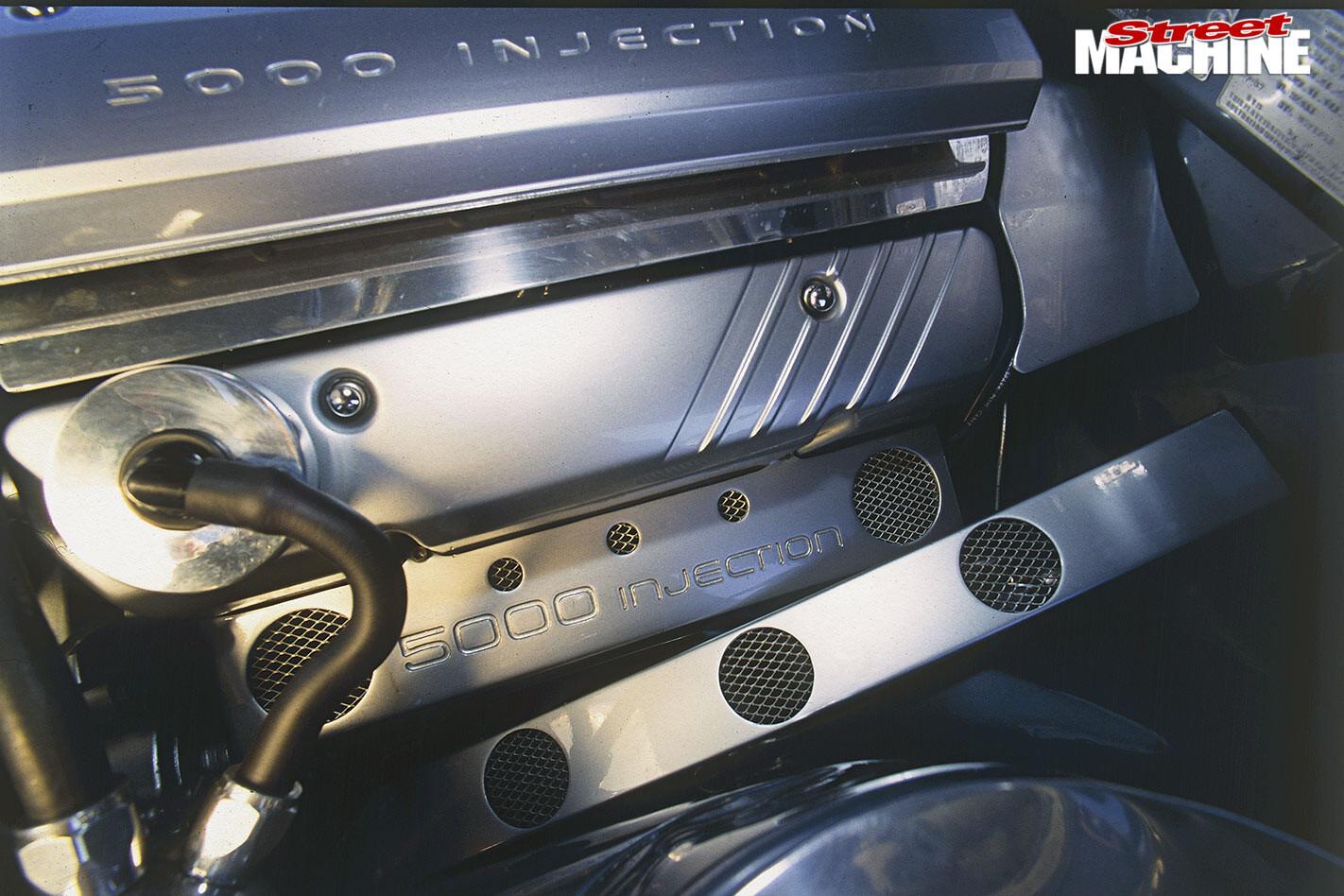 Holden VL Calais engine